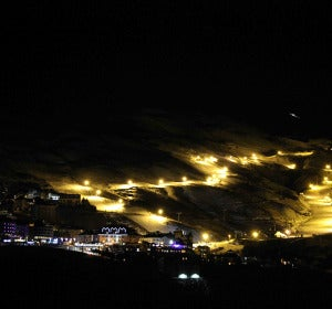 . 5 estaciones en España para disfrutar de la nieve bajo las estrellas