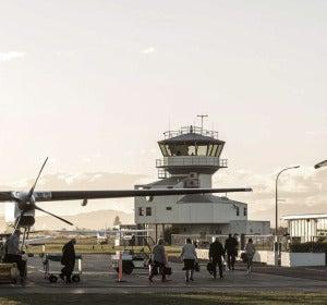 Desembarque de un avión en Gisborne
