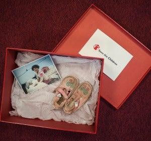 La caja con los zapatos de Hala