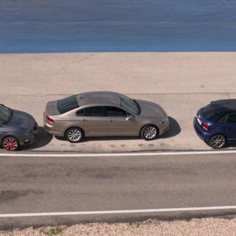 ¿Eres de los que sufren al aparcar? - Consejos Centímetros Cúbicos