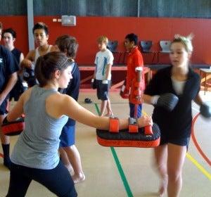 Te equivocas: ni es un deporte violento ni sólo sirve para muscularse