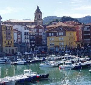 Puerto de Bermeo (Vizcaya)