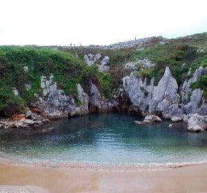 La piscina de Gulpiyuri en Asturias