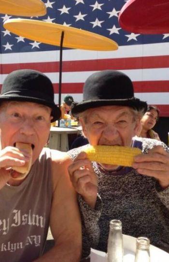 Patrick e Ian pasando el día en la feria