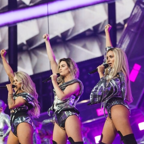 Actuación de Little Mix en los BRIT Awards 2017