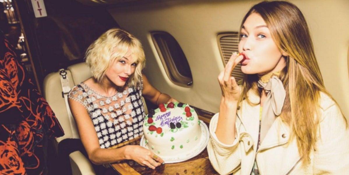 Taylor Swift y Gigi Hadid en el jet privado de Calvin Harris