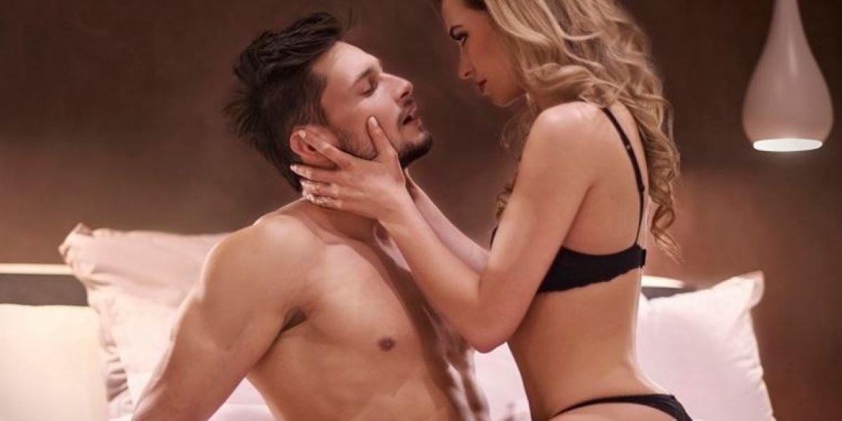 Tres posturas sexuales para la operación bikini