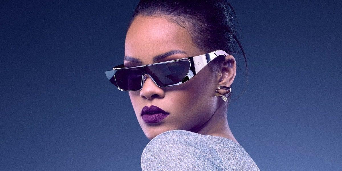 Gafas de sol diseñadas por Rihanna para Dior