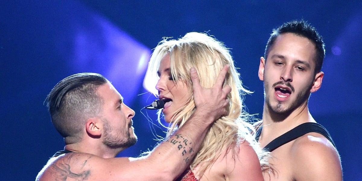 Britney Spears en su actuación en los Billboard Awards 2016