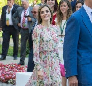 El vestido de Zara de Doña Letizia que arrasa en las rebajas