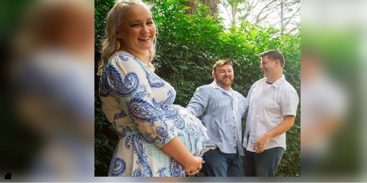 Imagen de los tres posando antes de que Ashlee diera a luz