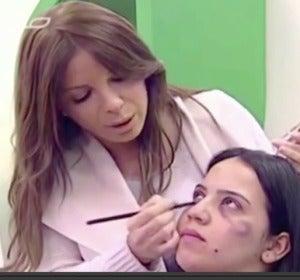 La televisión pública marroquí emite un tutorial de maquillaje para víctimas de violencia machista