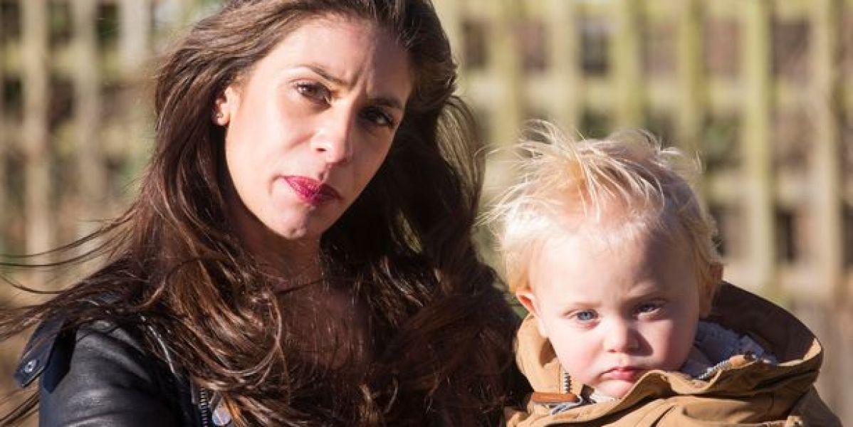 Scarlet Hatterson y su hijo