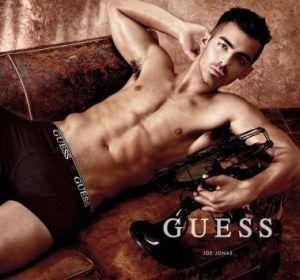 Joe Jonas para la nueva campaña de Guess