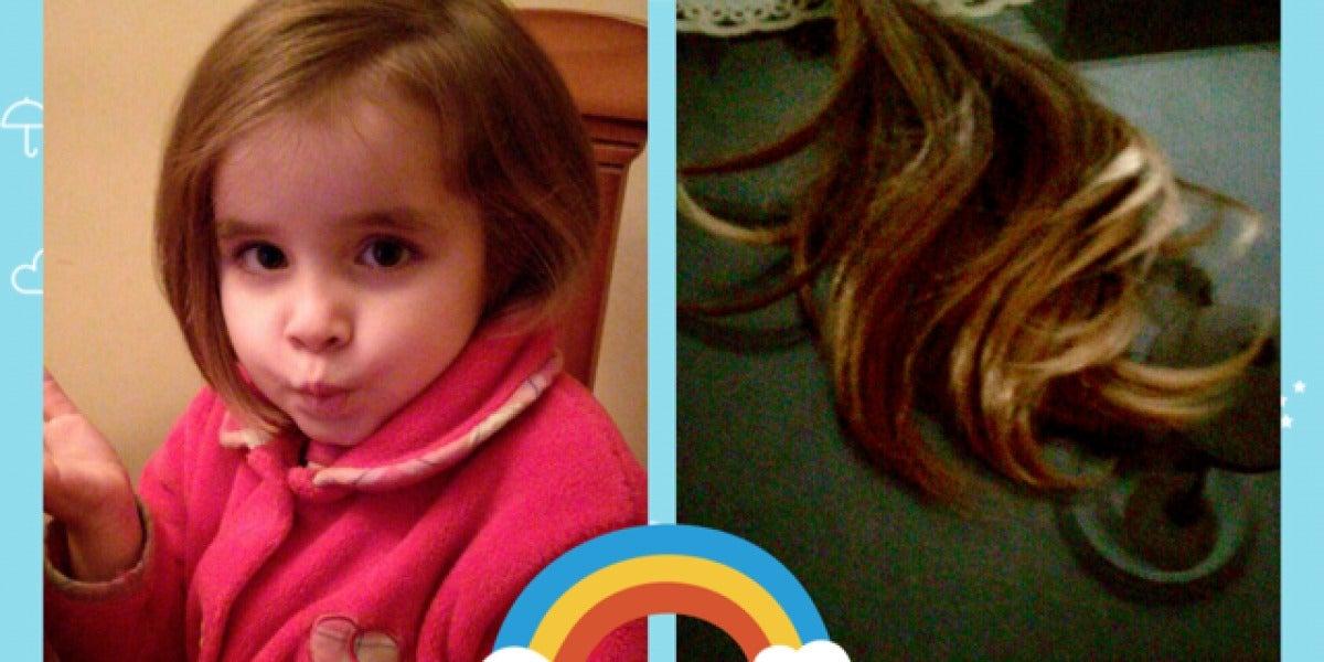 Alba Martínez tras haber donado su pelo