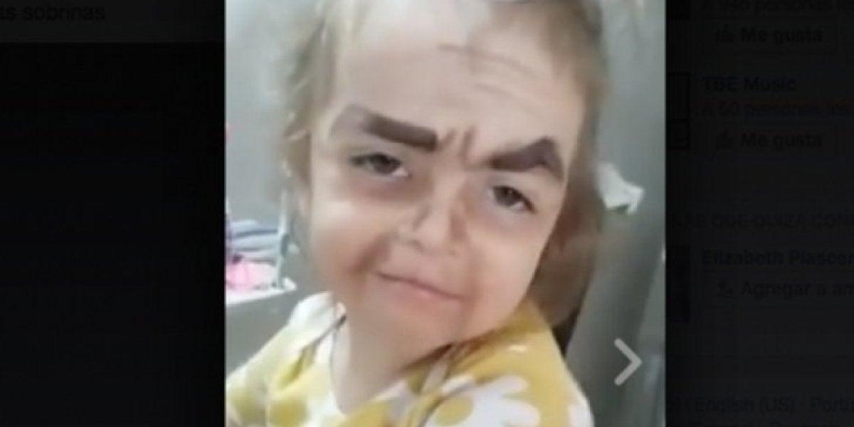 """Esta niña y su """"maquillaje de princesa"""" conquistan las redes"""