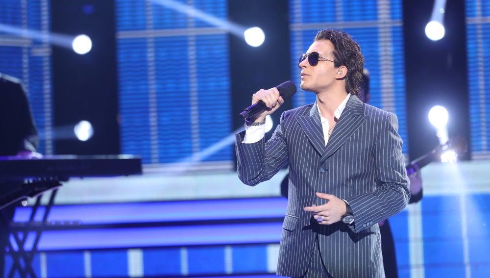 Blas Cantó estalla de emoción interpretando a Marc Anthony y la famosa canción '¿Y cómo es él?'
