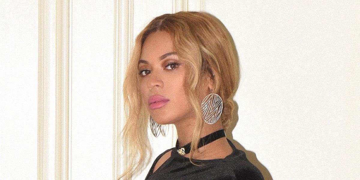 Beyoncé lanza su propia línea de ropa de Navidad