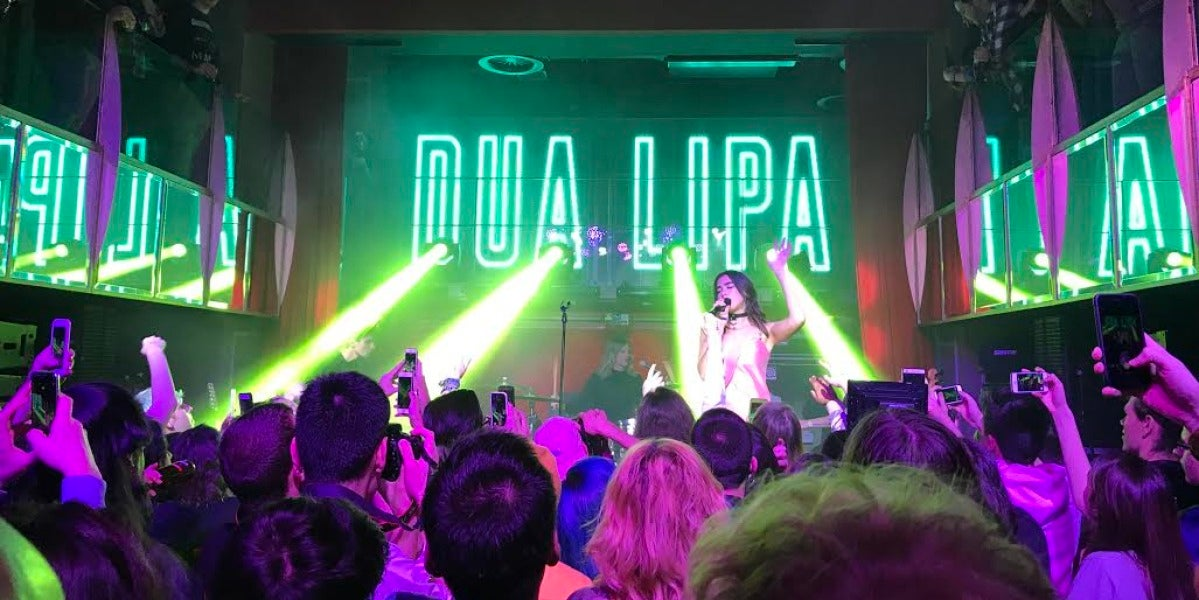 Dua Lipa en su showcase privado en Madrid
