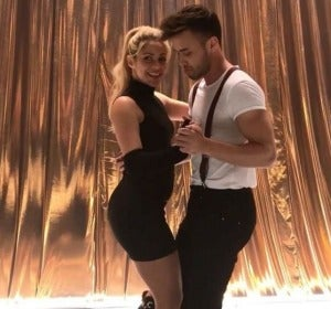 Shakira te enseña a bailar bachata con unos sencillos pasos
