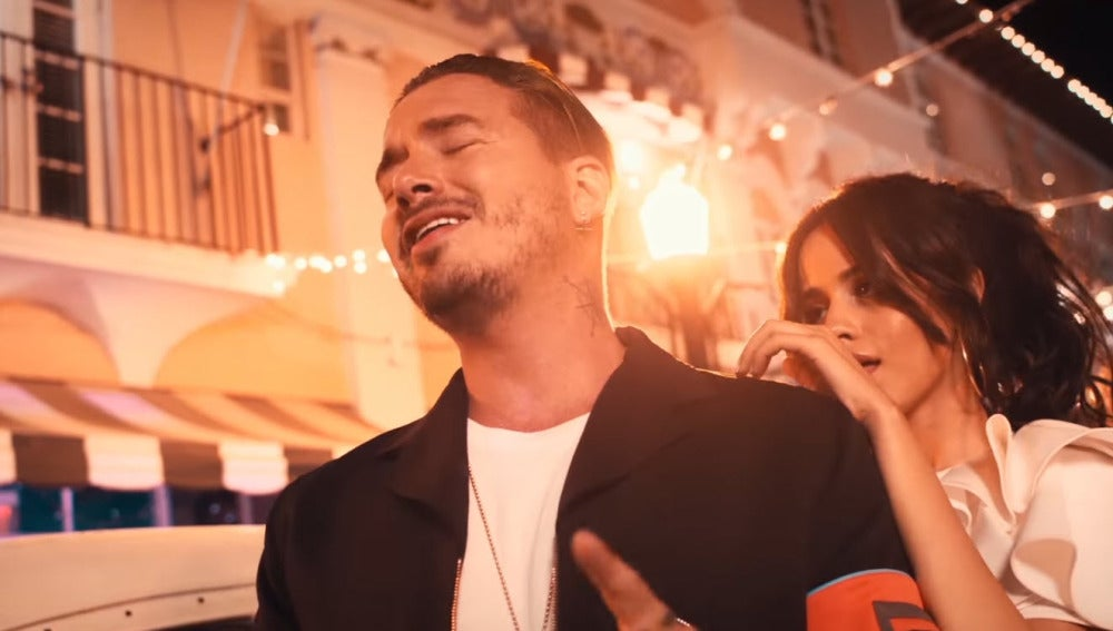 J Balvin, Pitbull y Camila Cabello presentan 'Hey Ma'