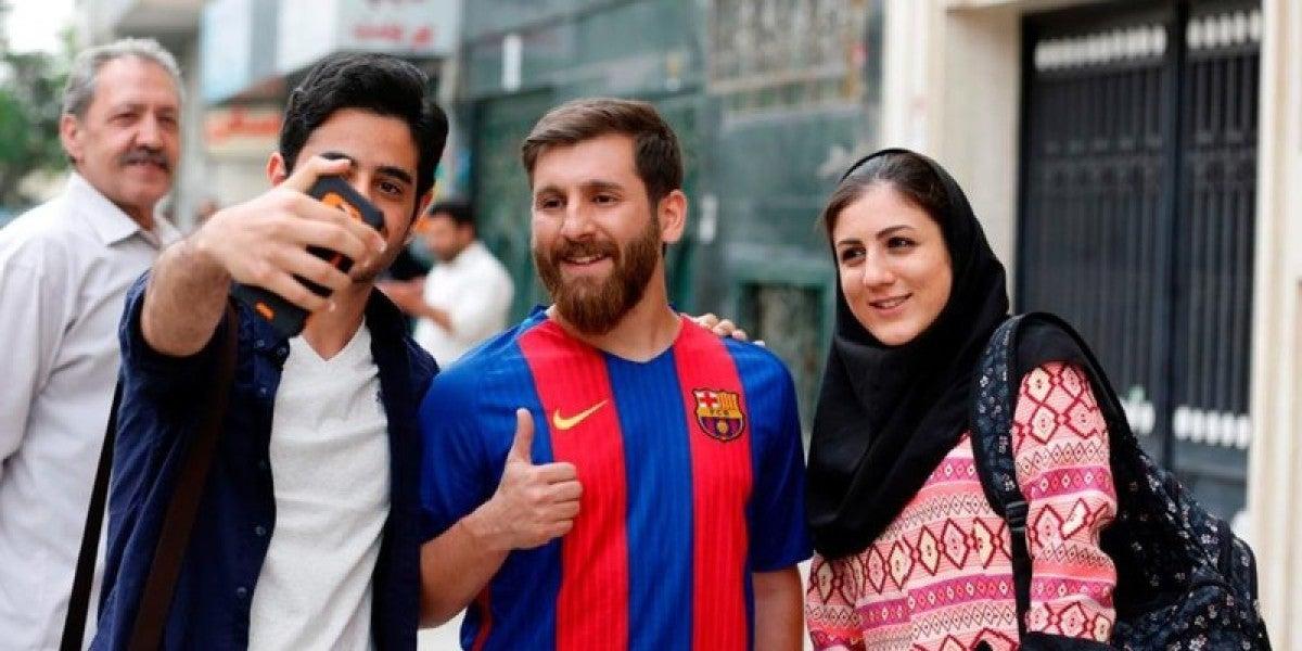 Reza Parastesh haciéndose pasar por Messi en Hamadán