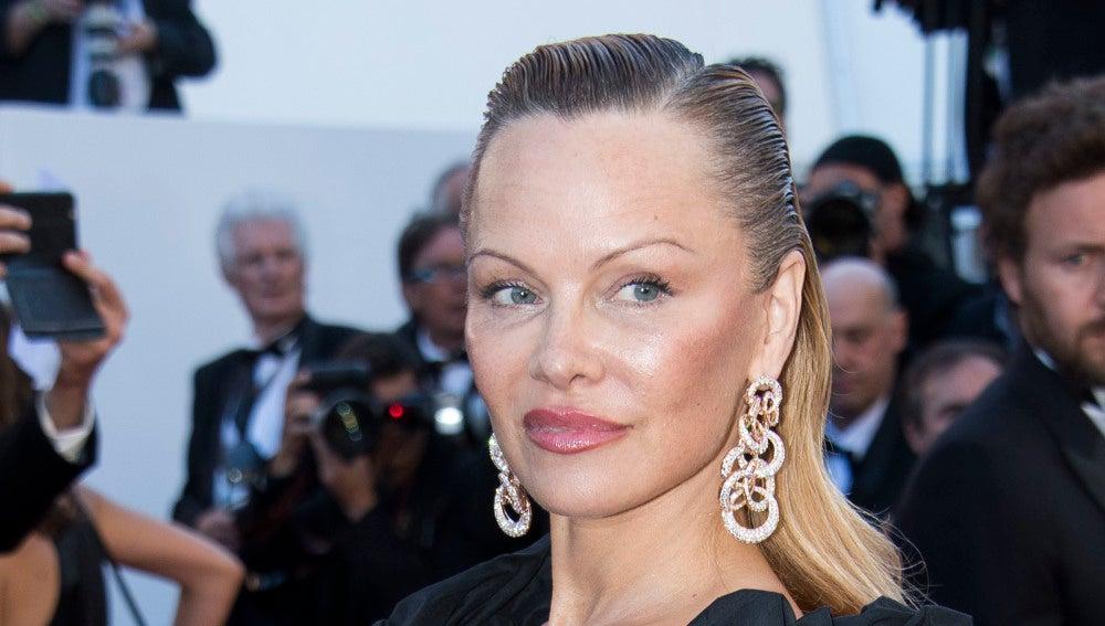 Pamela Anderson nueva cara