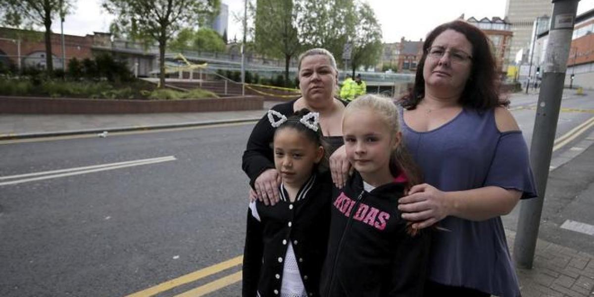 Asistentes al concierto de Ariana Grande en Manchester