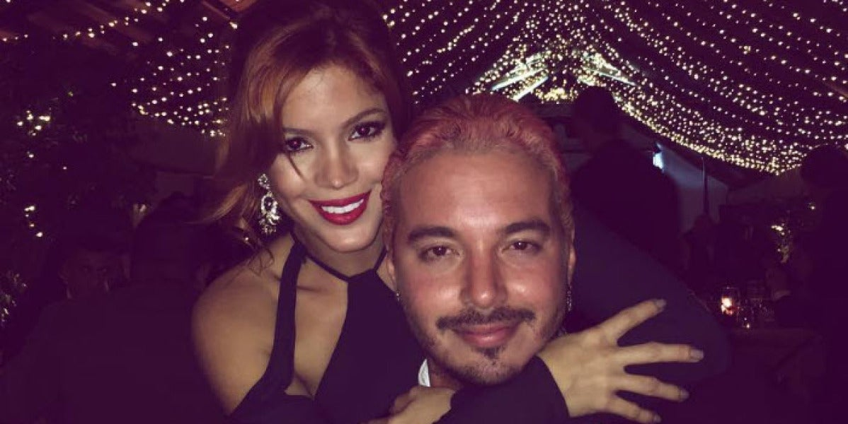 J Balvin y su hermana Carolina