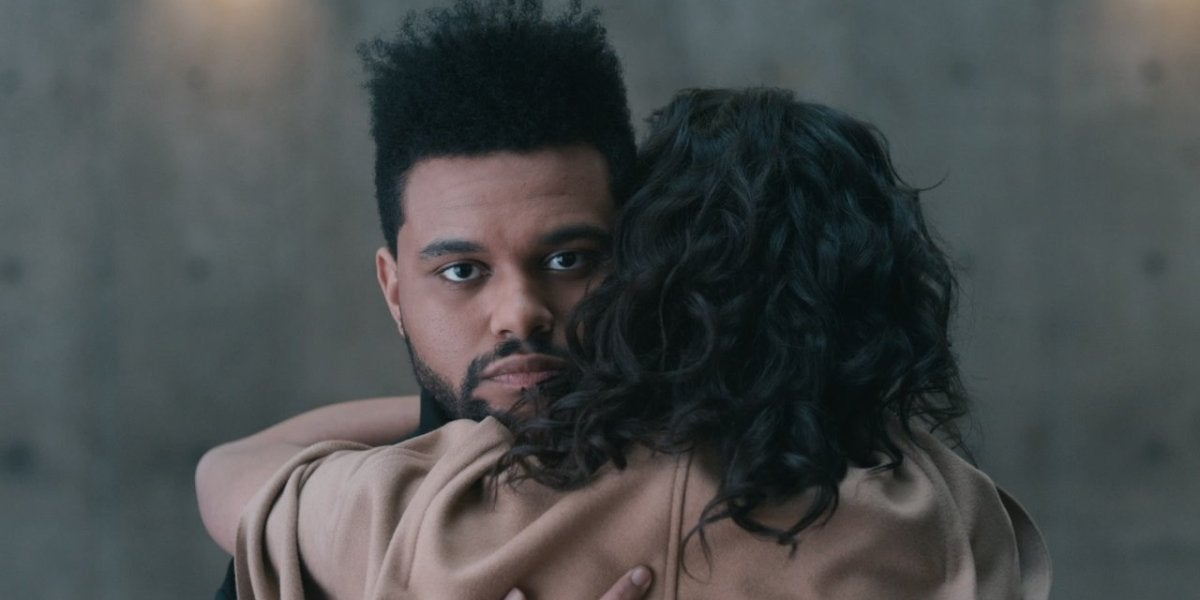 The Weeknd en el vídeo de 'Secrets'