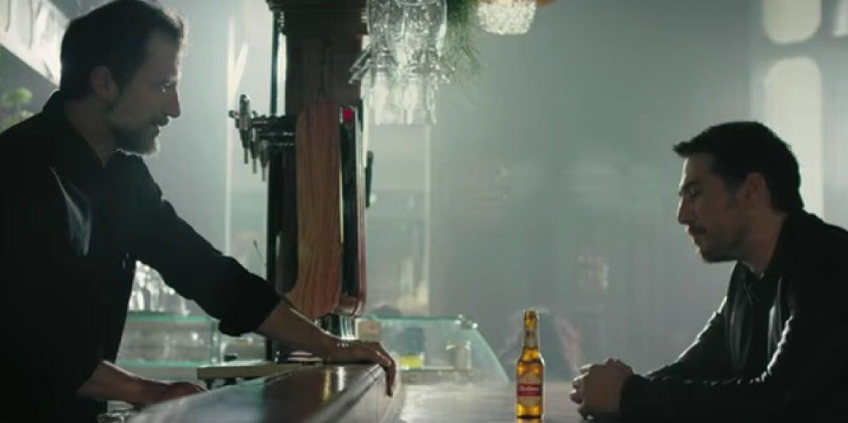 Mahou indigna a los músicos con su último anuncio