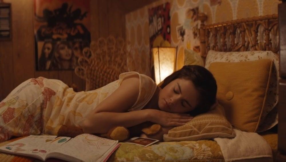 Selena Gomez en el videoclip de 'Bad Liar'