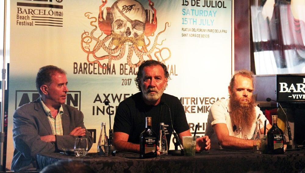 Joan Callau, Pino Sagliocco y Tommy Franklyn en la rueda de prensa del Barcelona Beach Festival 2017