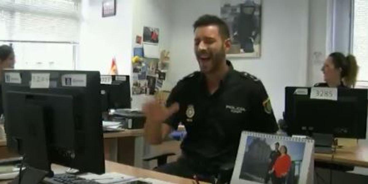 Policía Nacional bailando el Despacito