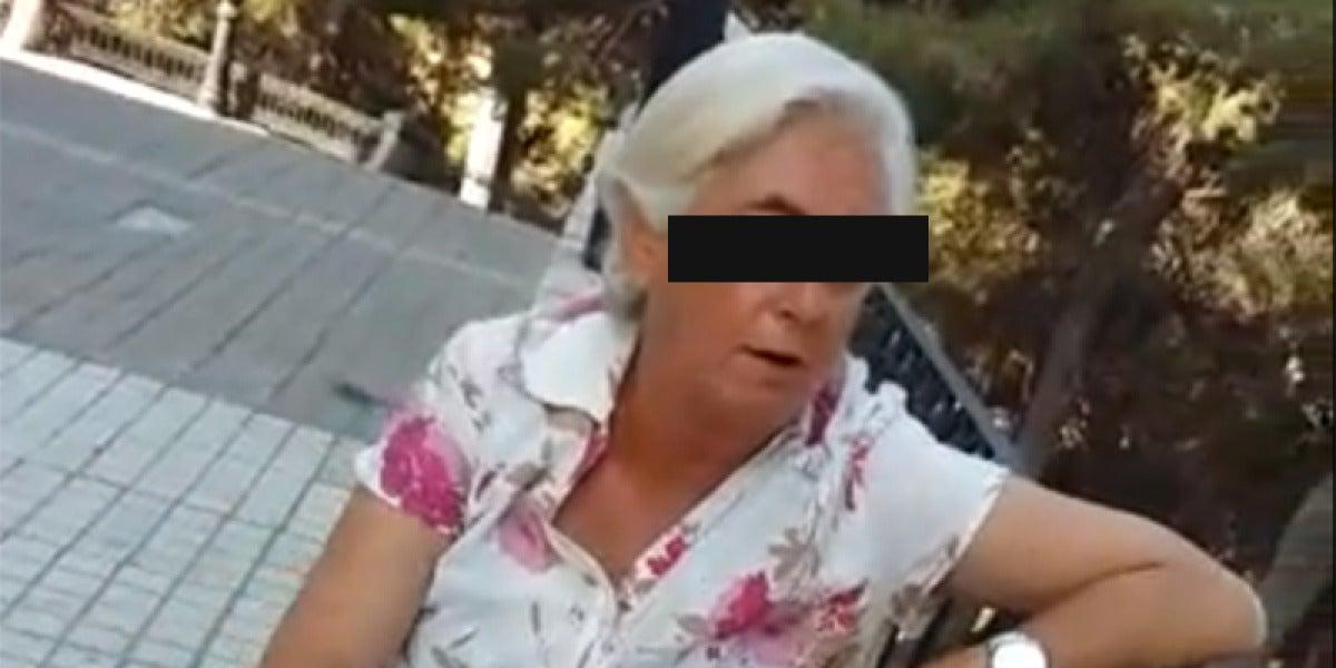 La mujer confesando el presunto asesinado de un perro