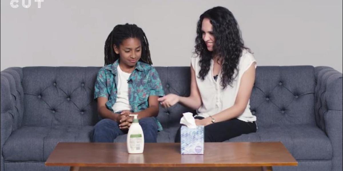 Un vídeo en el que los padres enseñan a sus hijos cómo masturbarse desata la polémica en Facebook