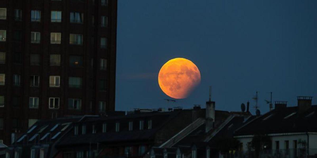 Imagen del eclipse lunar visto desde Alemania