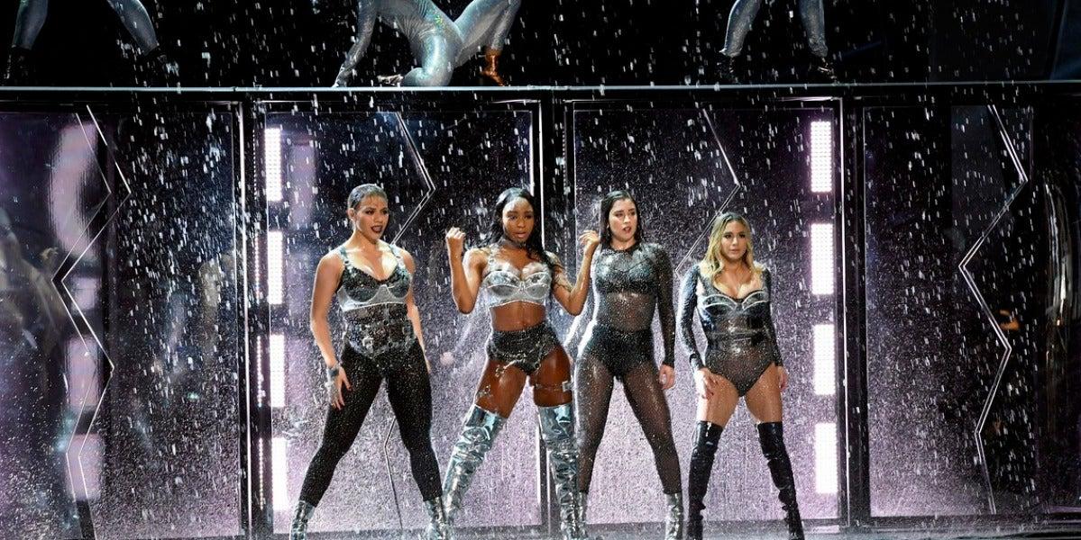 La actuación de Fifth Harmony en las MTV VMAs