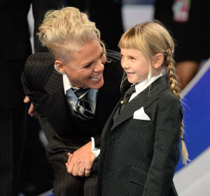 Pink junto a su hija Willow