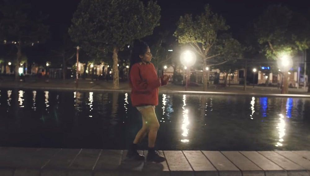 Jessie Reyez en el videoclip 'Hard to Love' de Calvin Harris