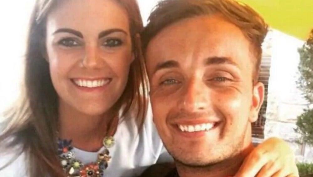 Alex Green y su prometida, Rebecca Thorpe