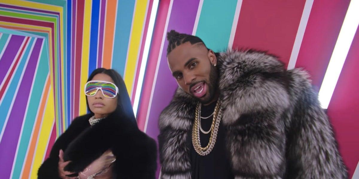 Nicki Minaj y Jason Derulo en el videoclip de 'Swalla'