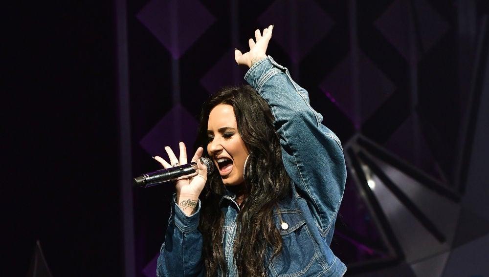 Demi Lovato en concierto en Florida