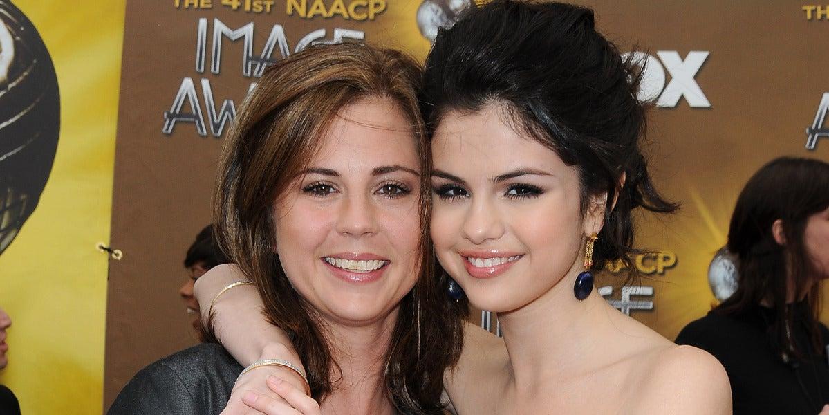 Selena Gomez junto a su madre, Mandy Teefey
