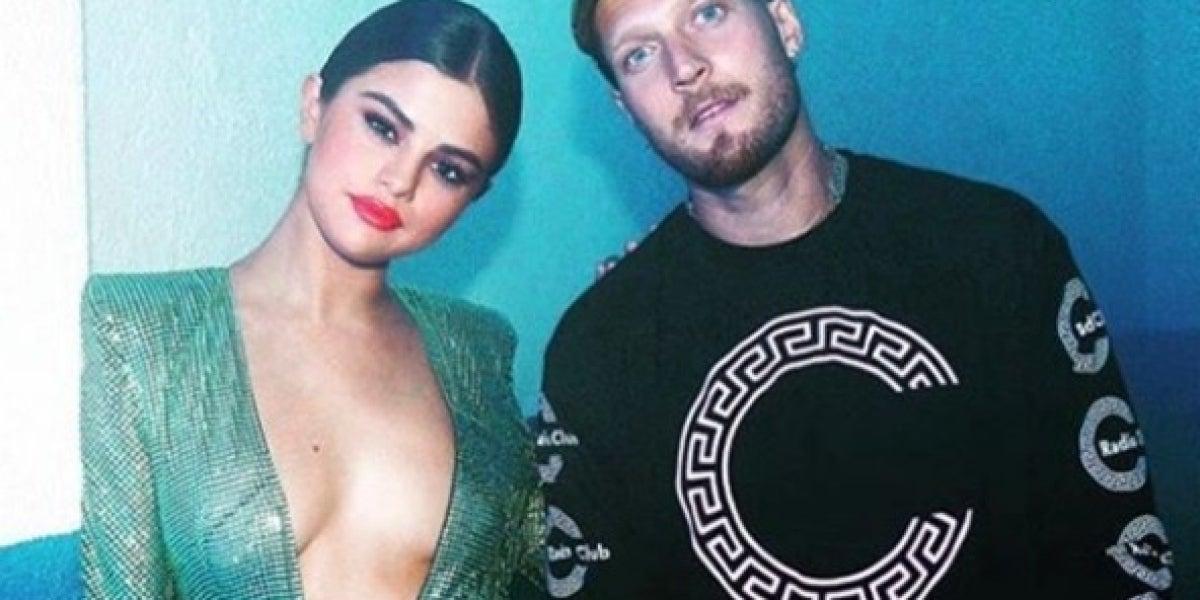 El vestido escotado de Selena Gomez