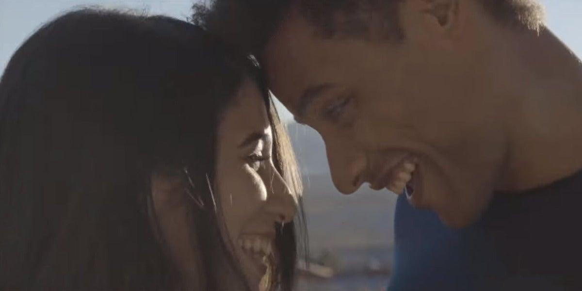 Bely Basarte en el videoclip de 'Mariposas'