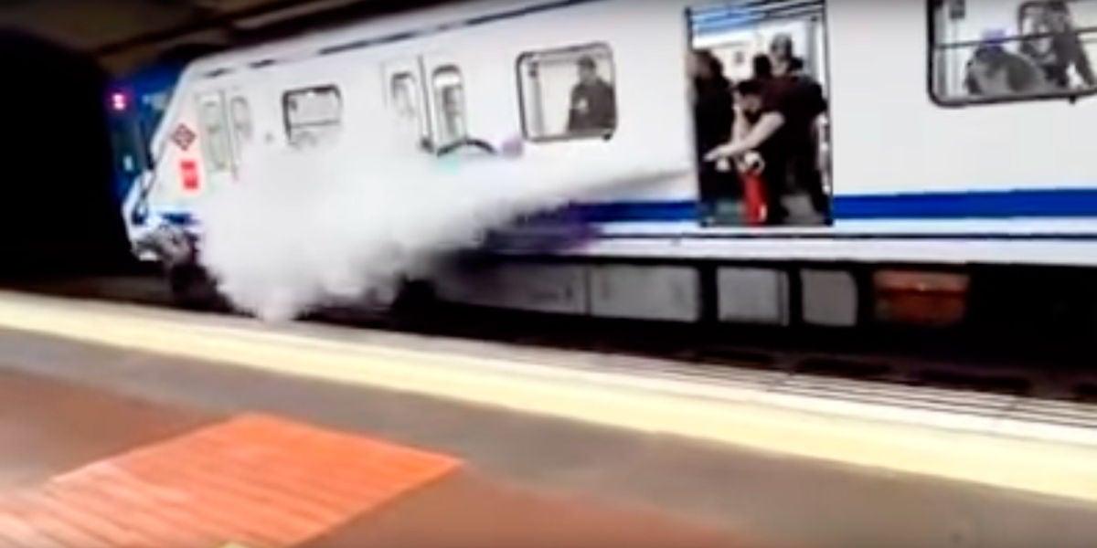 Rocía con un extintor a unos grafiteros del Metro de Madrid