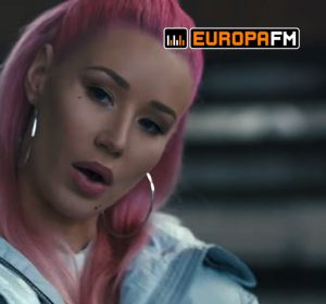 Iggy Azalea en el spot de Monster Products la Super Bowl