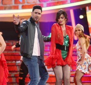 David Amor y Adriana Abenia se dejan la piel al ritmo de 'Échame la culpa' como Luis Fonsi y Demi Lovato
