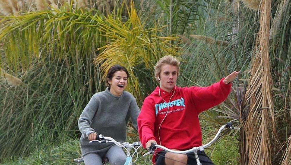Selena Gomez y Justin Bieber en 2017